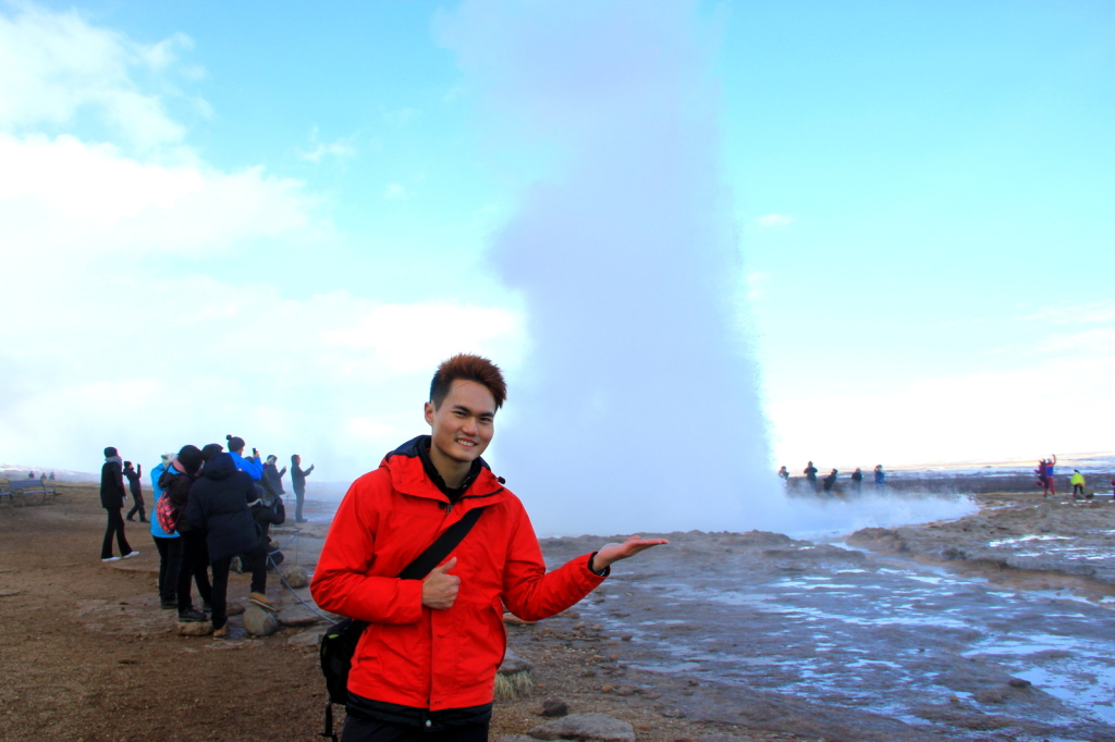 Seeking energy and power from Geysir, Iceland