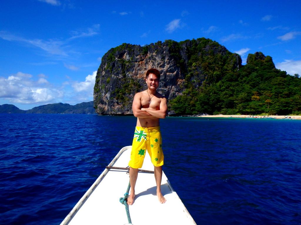 Boating in El Nido, Philippines