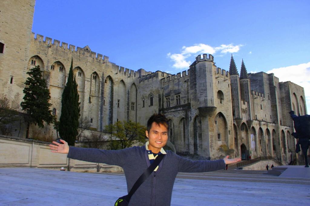 Feeling free at Avignon, France