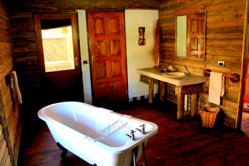 Nata Lodge Free Standing Tub