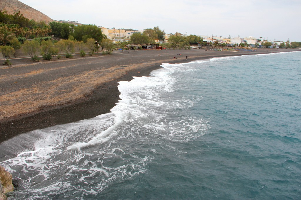 The beautiful Kamari Beach