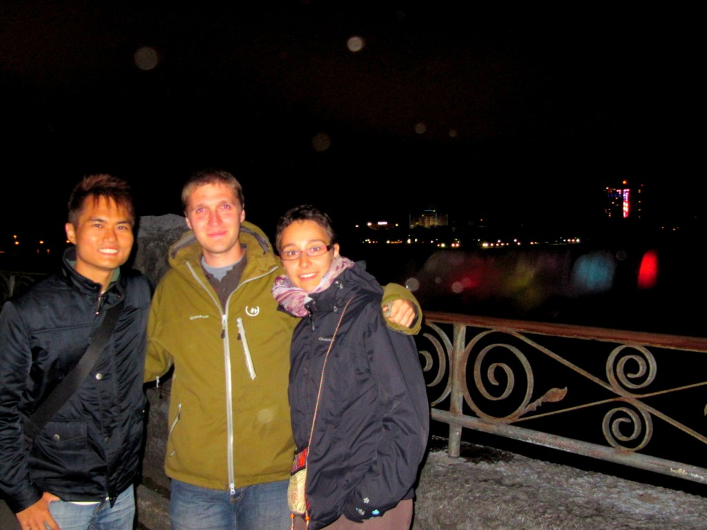 With 2 of my new French mates who I met at ACDD Hostel
