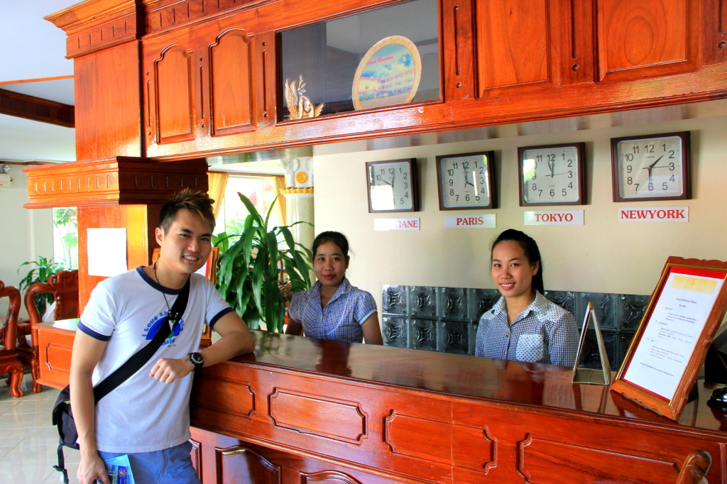 Getting my free hotel stay in Vientiane, Laos