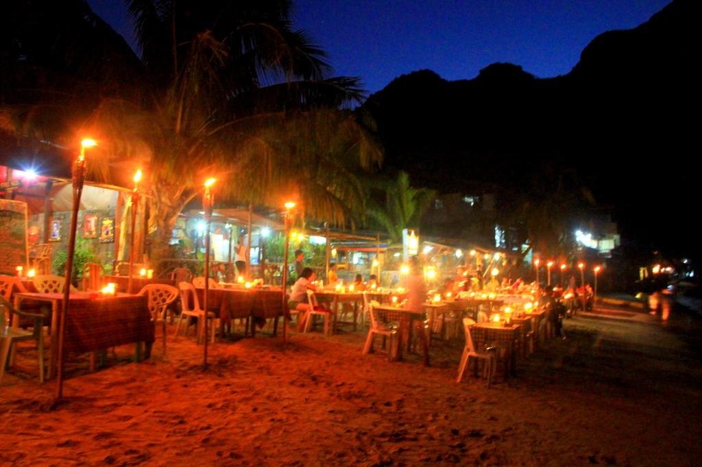The evening in El Nido