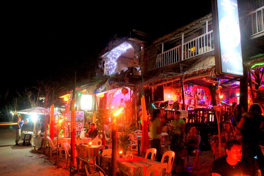El Nido's nightlife