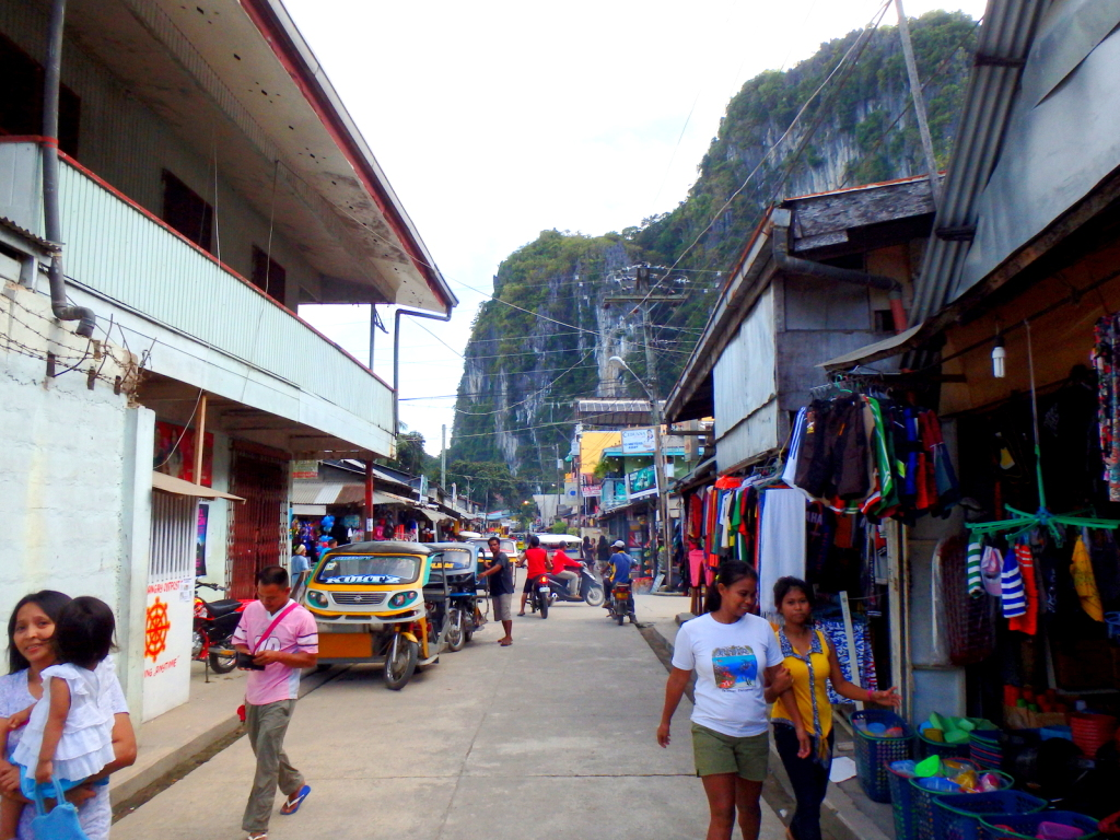 El Nido Town surrounded by limestone cliffs