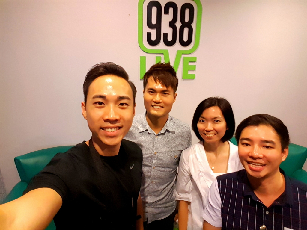 938Live with Buddies