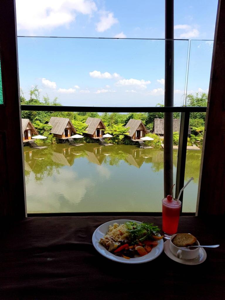 Dusan Bambu Restaurant