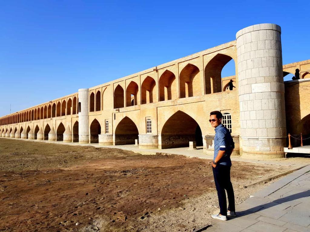Si-o-se-pol, Iran