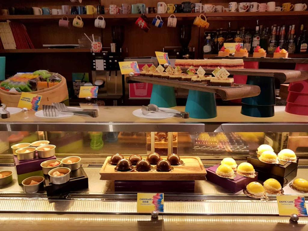W Singapore Restaurant Skirt Pastries