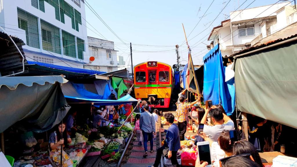 Thailand Train Market